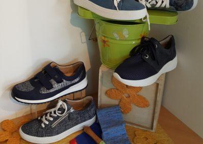 Blaue Schuhe sind immer eine gute Wahl!