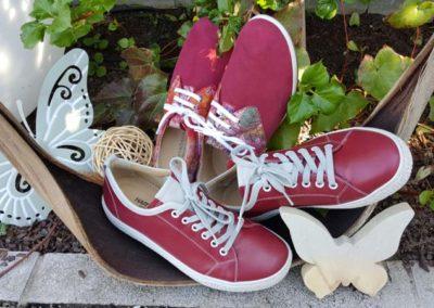 Hartjes Modell Phil und Ströber Modell 68 - Rot, rot, rot sind alle meine Schuhe