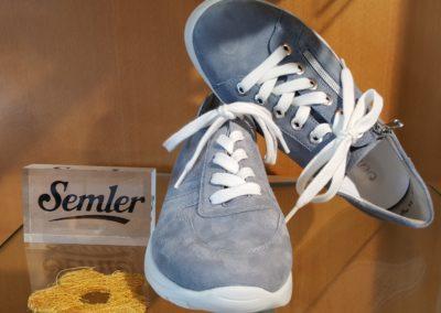 Zartes Blau für weiche Schuhe!